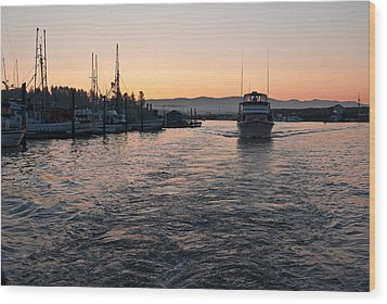 Wood Print featuring the photograph Dawn Fishing by Erin Kohlenberg