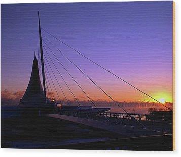 Wood Print featuring the photograph Dawn Over The Calatrava by Chuck De La Rosa