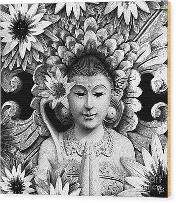 Dawning Of The Goddess Wood Print