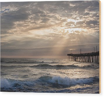 Wood Print featuring the photograph Dawns Ocean Rays by Dawn Romine