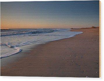 Daybreak On Hatteras Wood Print by Steven Ainsworth