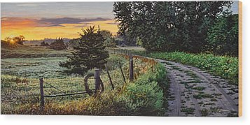Daybreak Southwest Corner Fenceline Wood Print by Bruce Morrison