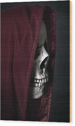 Dead Knight Wood Print by Joana Kruse