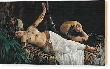 Death Of Cleopatra Wood Print by Achilles Glisenti