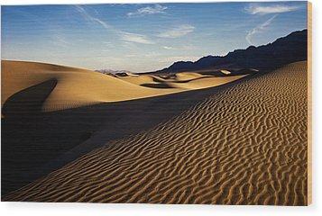 Death Valley Wood Print by Erik Poppke