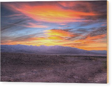 Death Valley Sunset Wood Print by Heidi Smith