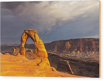 Delicate Arch Wood Print by Jim Baker