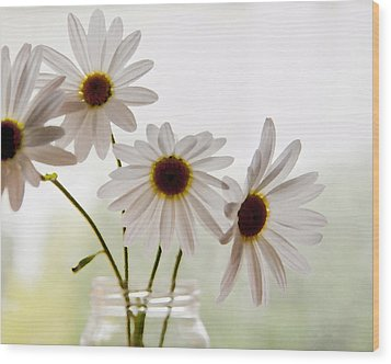 Wood Print featuring the photograph Delicate by Terri Harper