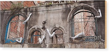 Derelict Wall Of Lost Limbs 02 Wood Print by Rick Piper Photography