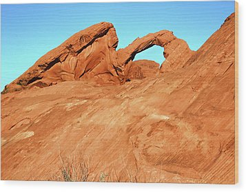 Desert Arch Wood Print by Laura Palmer