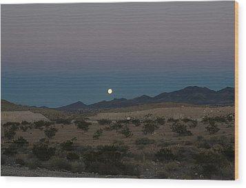 Desert Moon-1 Wood Print