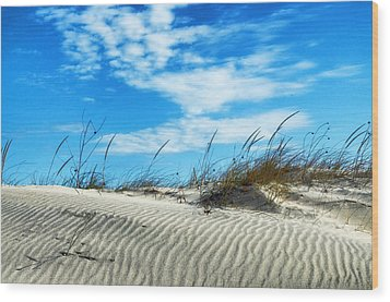 Designs In Sand And Clouds Wood Print by Gary Slawsky