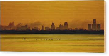 Detroit At Dawn Wood Print