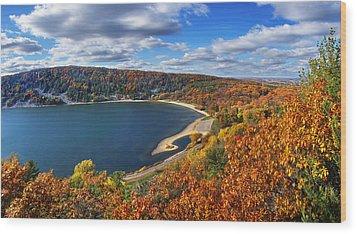 Devil's Lake In Autumn Wood Print