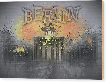 Digital-art Brandenburg Gate I Wood Print by Melanie Viola