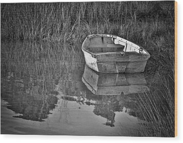Dinghy In The Marsh Wood Print