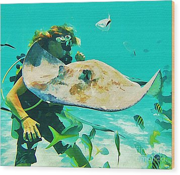 Diver And Stingray Wood Print by John Malone