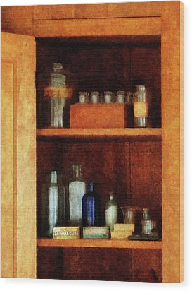 Doctor - Medicine Chest With Asthma Medication Wood Print by Susan Savad