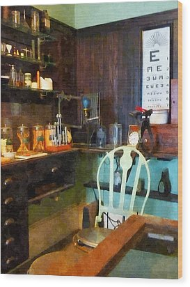Doctor - Pediatrician's Office Wood Print by Susan Savad