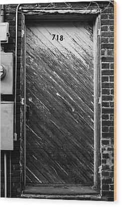 Door To 718 Wood Print