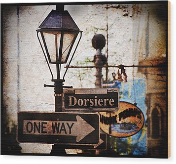 Wood Print featuring the photograph Dorsiere by Ray Devlin