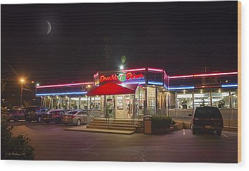 Double T Diner At Night Wood Print