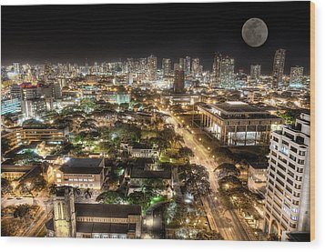 Downtown Honolulu Moonrise Wood Print