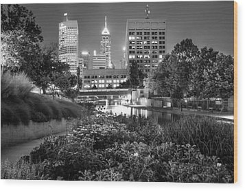 Downtown Indianapolis Skyline At Night - Black And White Wood Print