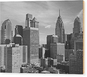 Downtown Philadelphia Wood Print by Rona Black