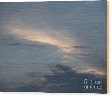 Dramatic Skyline Wood Print