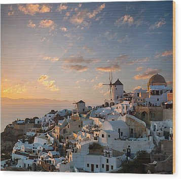 Dramatic Sunset Over The Windmills Of Oia Village In Santorini Wood Print
