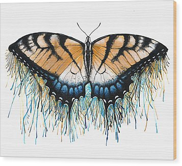 Drip-dry Beauty Wood Print by Danielle Trudeau