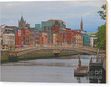 Dublin On The River Liffey Wood Print by Mary Carol Story