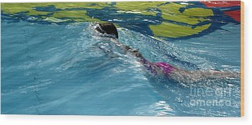 Ducking Under A Wave In A Pool Wood Print by Kerri Mortenson