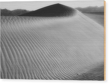 Dune Death Valley Wood Print by Hugh Smith