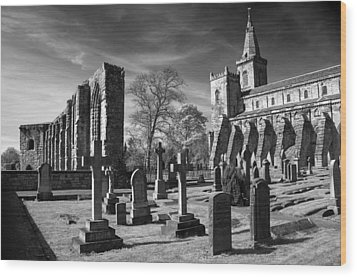 Dunfermline Palace And Abbey Wood Print