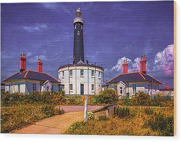 Wood Print featuring the photograph Dungeness Old Lighthouse by Chris Lord