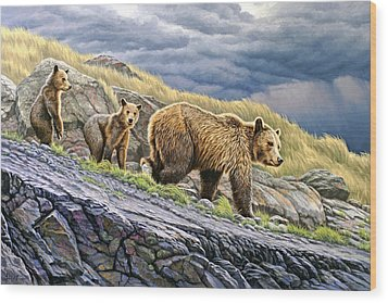Dunraven Pass Grizzly Family Wood Print