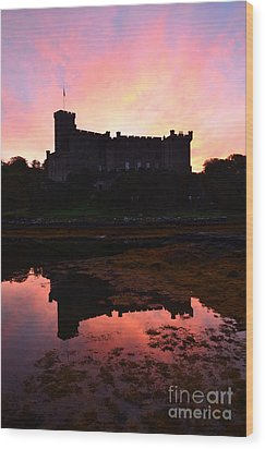 Dunvegan Castle At Dawn Wood Print by DejaVu Designs