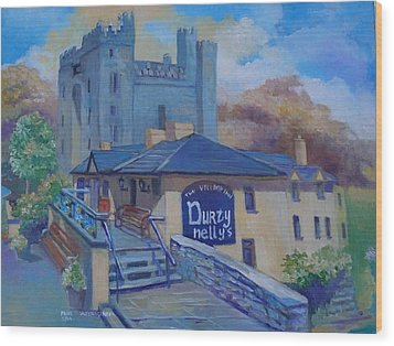 Durty Nellys And  Bunratty Castle Co Clare Ireland Wood Print