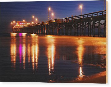 Dusk At Newport Pier Wood Print by James Kirkikis