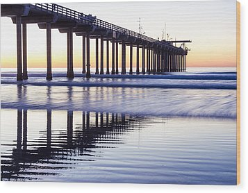 Dusk At Scripps Pier Wood Print