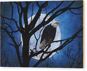 Eagle Night Wood Print by Gary Smith