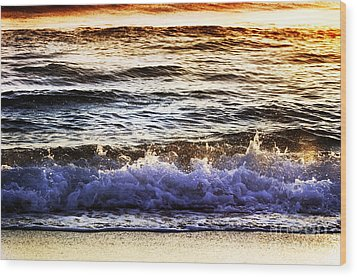 Early Morning Frothy Waves Wood Print