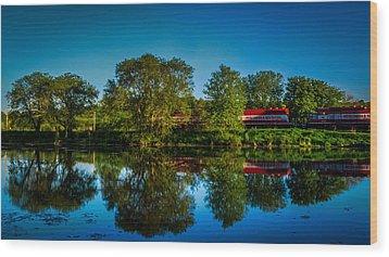 Early Morning Rest Stop Wood Print by Randy Scherkenbach