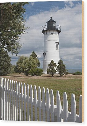 East Chop Lighthouse Wood Print