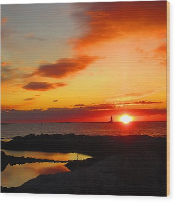 East Coast Sunrise  Wood Print