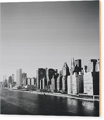 East River New York Wood Print