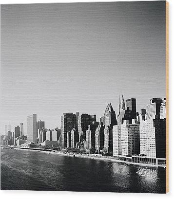 East River New York Wood Print by Shaun Higson