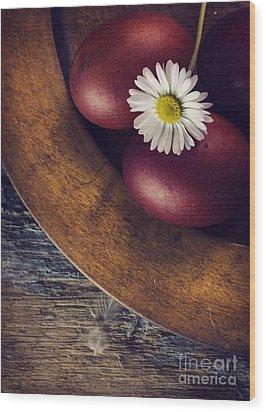 Easter Eggs Wood Print by Jelena Jovanovic